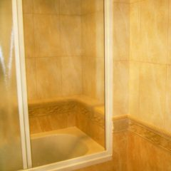 koupelna po rekonstrukci vanová zástěna