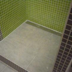 koupelna po rekonstrukci odtokový žlab