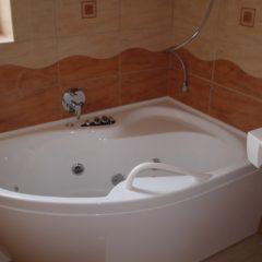 koupelna po rekonstrukci rohová vana