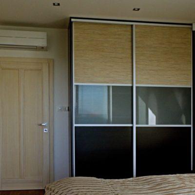 ubytování zdarma - skříň v ložnici